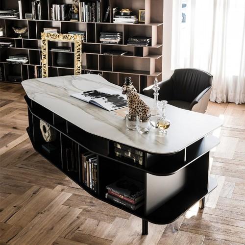 Cat. Wall Street íróasztal