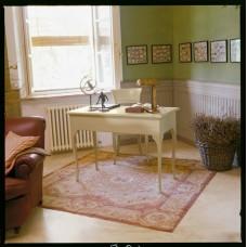 Ton. Soave íróasztal