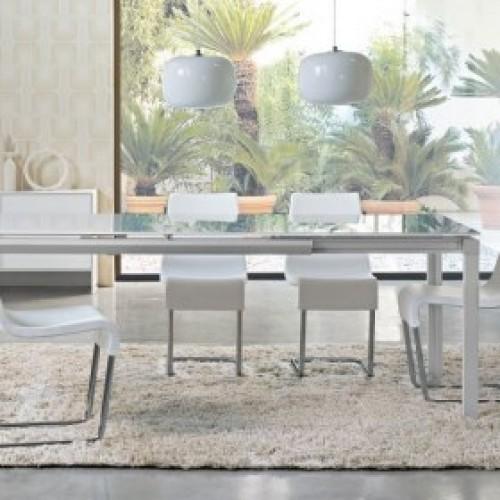 Bond Chat étkezőasztal